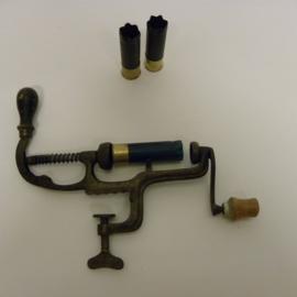 Antieke geweer patronensluiter