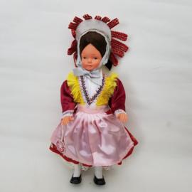 Doll's Trachten klederdracht popje Eifel jaren 60