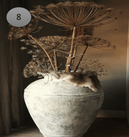 Viltje grote vaas met bloemen