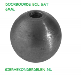 DOORBOORDE BOL GAT 6MM. / BOL BREED 16 MM