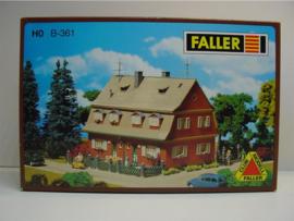 Faller B-361 Dubbel Huis