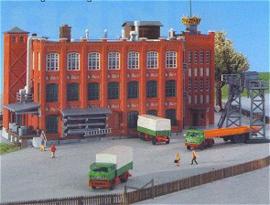 36732 Grote fabriek