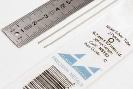 NST07 Pijp rond buiten 0,7mm dikte 0,1mm binnen 0,5mm lengte 30,5mm 2 stuks