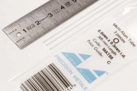 MAT05 Pijp rond  buiten 0,5mm dikte 0,1mm binnen 0,3mm  lengte 30,5mm  3 stuks
