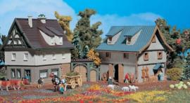 9540 Bauernhaus mit Scheune