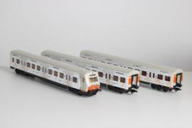 4389 Set van drie personenrijtuig 'Ei like it' van de DB