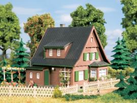 12259 Houten huis Erika