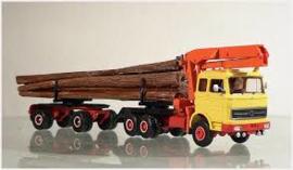 Kibri vrachtwagen boomstammen