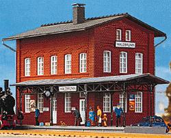 1000 Station Waldbrunn