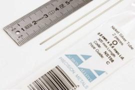 NST08 Pijp rond buiten 0,8mm dikte 0,1mm binnen 0,6mm lengte 30,5mm 2 stuks