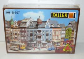 Faller B-927 Hoekhuis Hotel Sonne