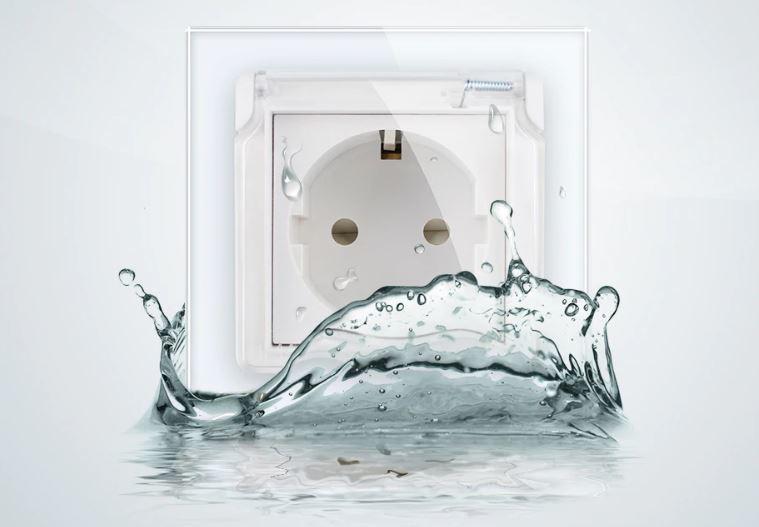 Wall Bathroom Socket   White   Livolo   Waterproof cover