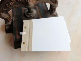 Vows boekjes A5 sand linnen & cotton papier met blinddruk (landscape)
