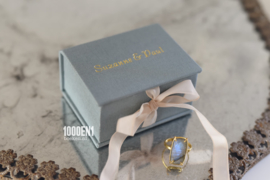 Ring box classic dusty blue with vintage ribbon