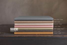 Gastenboek  linnen 24 cm x 24 cm (diverse kleuren)