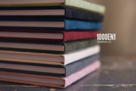 Gastenboek velvet 24  cm x 24 cm
