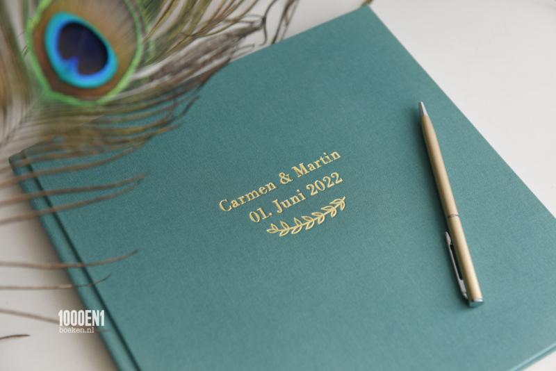 Gastenboek linnen 24 cm x 24 cm (kleur Teal)