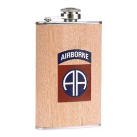 Zakflacon 82st Airborne division houtprint