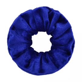 Scrunchie velvet koningsblauw
