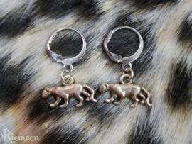 Oorhanger in Panter/Leopard style zilver