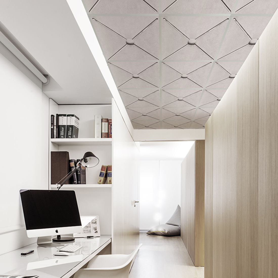 systeemplafond design print beton retail hotel