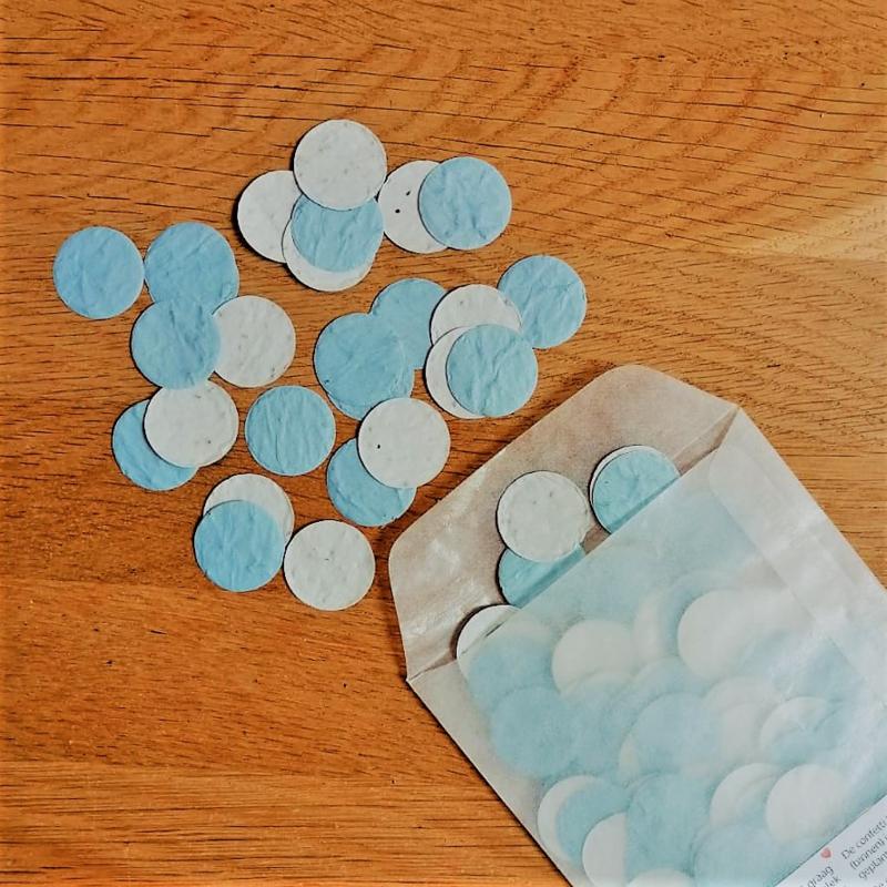 5 gram confettirondjes 2 cm   blauw-wit   veldbloemen