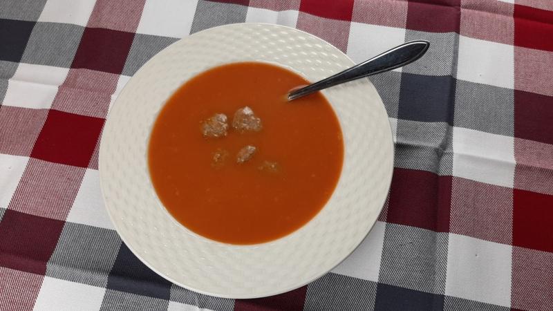 Tomaten Crèmesoep met Gehaktballetjes