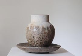 Stenen pot bowl