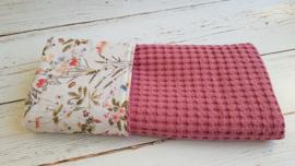 Wiegdeken veldboeket/ grove wafel roze