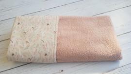 Wiegdeken katoenbol/ roze teddy