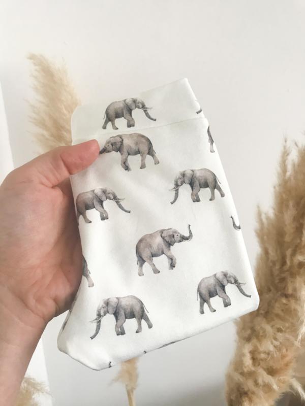Broekje olifantjes