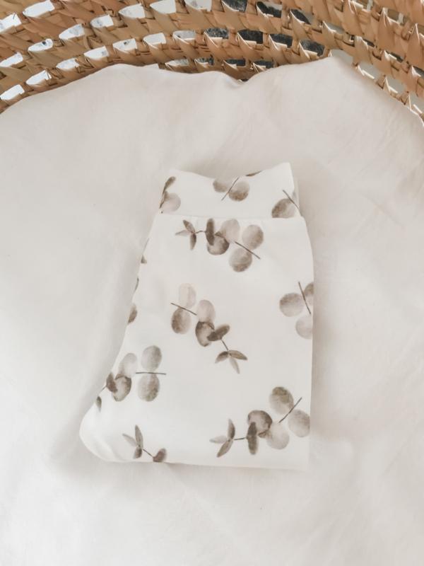 Newborn setje eucalyptus beige
