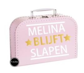 Koffertje *naam* blijft slapen
