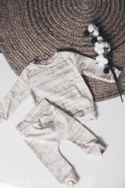 Outfit - Bruine streepjes