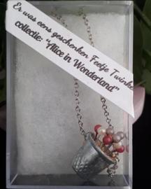 Alice in Wonderland sieraad