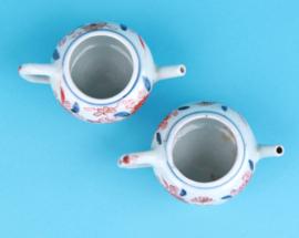 Kangxi pair of teapots