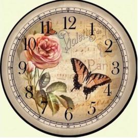 Klok met roos en vlinder