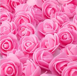 Donker roze roosjes