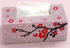 Boîte à mouchoirs avec fleurs