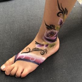 Sandal rose