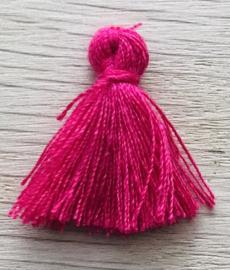 Kwastje basic 2cm Fuchsia pink