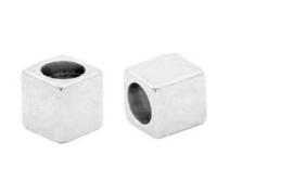 Kralen DQ metaal cube Zilver, 2 stuks (nikkelvrij)
