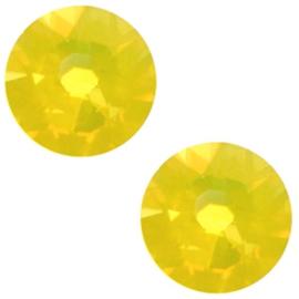 Swarovski Elements 2088-SS 34 flatback (7mm) Yellow opal, 2 stuks