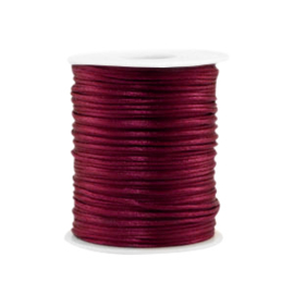 Satijn draad 1.5mm Aubergine purple, 4 meter