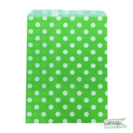 Papieren zakje stippen groen