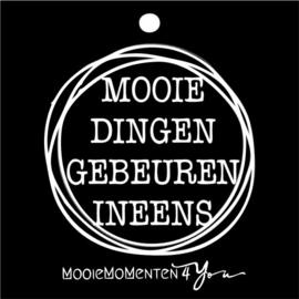 """MM4Y Wenskaartje """"Mooie dingen gebeuren ineens''"""
