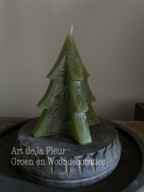 Tree Candle green L 16.5 x 10