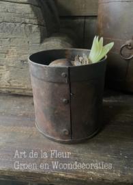 Metal flowerpot S