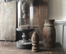 Wooden Carved knobb Aura Peeperkorn