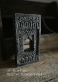 Wooden Mirror Aura Peeperkorn